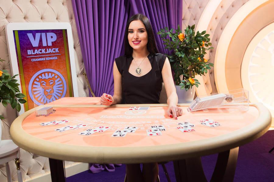 Chambré Separée è il casinò live LeoVegas in cui puoi giocare diverse varianti del blackjack live.